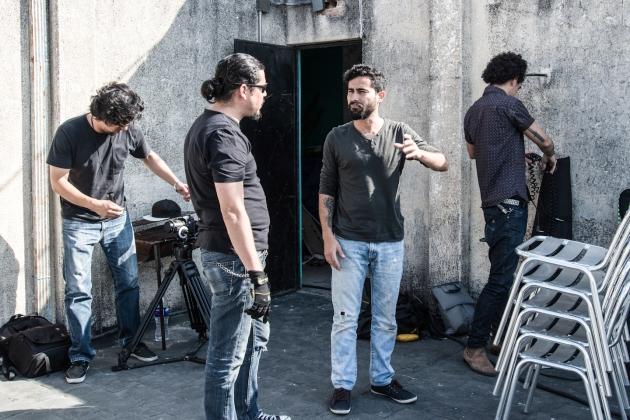 escena local producción